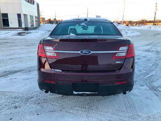 2015 Ford Taurus  AWD Police Osseo, Minnesota 7