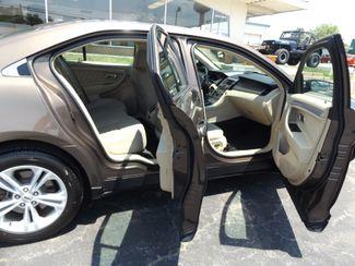 2015 Ford Taurus SE Warsaw, Missouri 12