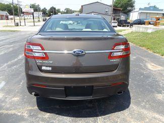 2015 Ford Taurus SE Warsaw, Missouri 4