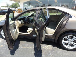 2015 Ford Taurus SE Warsaw, Missouri 5