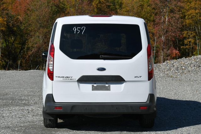 2015 Ford Transit Connect XLT Naugatuck, Connecticut 3