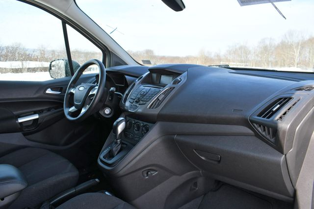 2015 Ford Transit Connect Wagon XLT Naugatuck, Connecticut 10