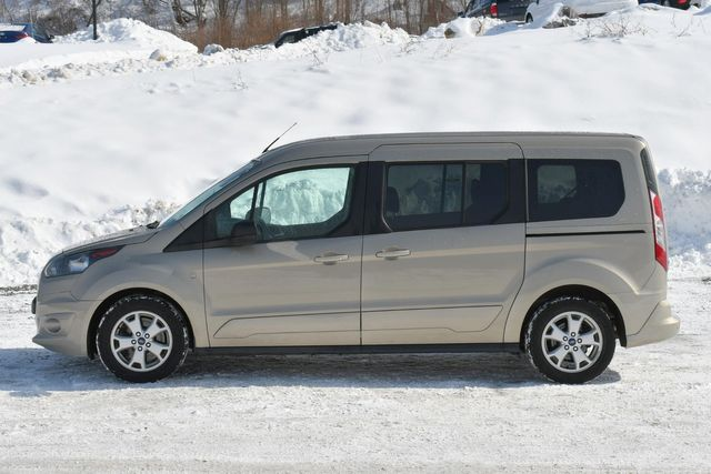 2015 Ford Transit Connect Wagon XLT Naugatuck, Connecticut 3