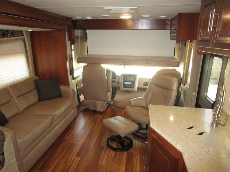 2015 Forest River GEORGETOWN 351DS  in Charleston, SC