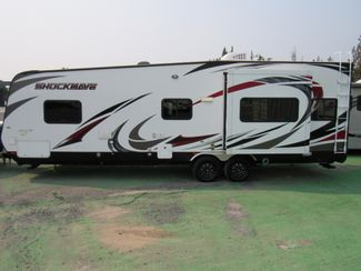 2015 Forest River Shockwave T27FQDX/Slide LIKE NEW! Bend, Oregon 1