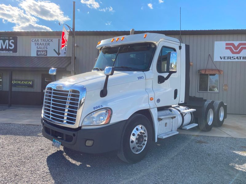 2015 Freightliner CASCADIA 125   in , Ohio
