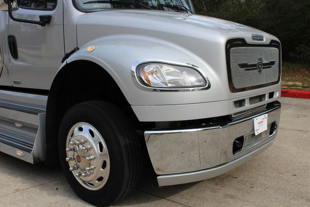 2015 Freightliner M2 106 Sport SportChassis RHA 114 Luxury Diesel Hauler in Conroe, TX 77384