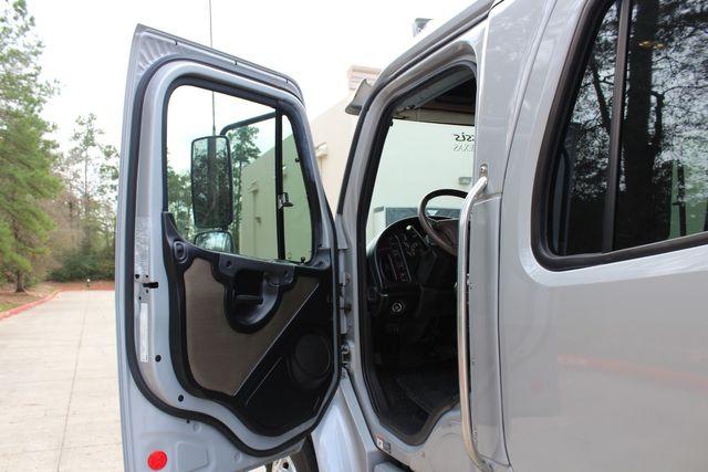 2015 Freightliner M2 10 Sport SportChassis RHA 114 Luxury Diesel Hauler CONROE, TX 35