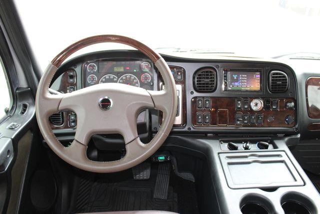 2015 Freightliner M2 10 Sport SportChassis RHA 114 Luxury Diesel Hauler CONROE, TX 39
