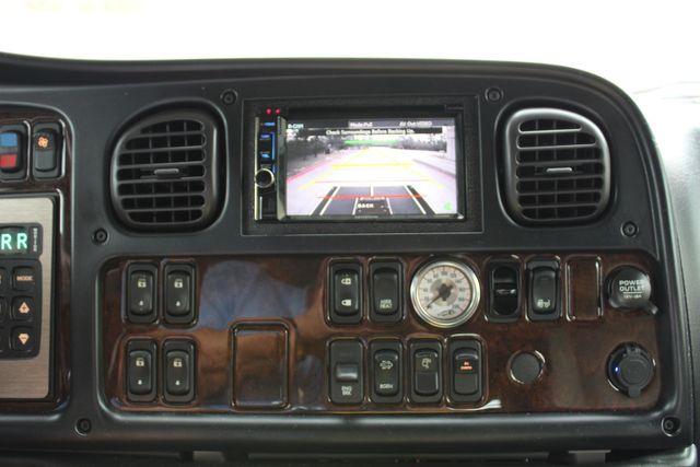 2015 Freightliner M2 10 Sport SportChassis RHA 114 Luxury Diesel Hauler CONROE, TX 45