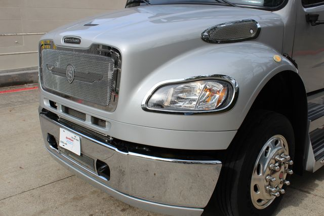 2015 Freightliner M2 10 Sport SportChassis RHA 114 Luxury Diesel Hauler CONROE, TX 6