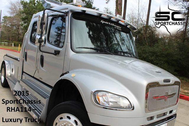 2015 Freightliner M2 10 Sport SportChassis RHA 114 Luxury Diesel Hauler CONROE, TX 0
