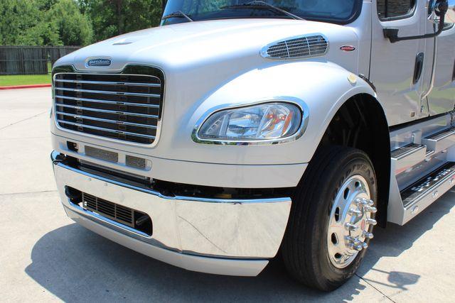 2015 Freightliner M2 106 SPORTCHASSIS RHA LUXURY HAULER TRUCK CONROE, TX 4
