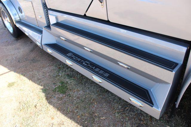 2015 Freightliner M2 106 SPORTCHASSIS RHA Luxury Ranch Diesel Hauler CONROE, TX 2