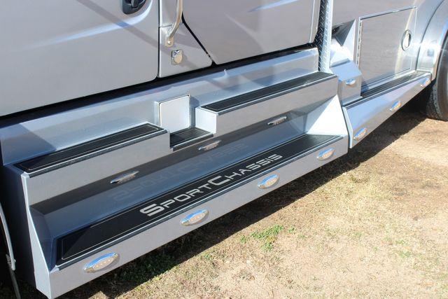 2015 Freightliner M2 106 SPORTCHASSIS RHA Luxury Ranch Diesel Hauler CONROE, TX 7