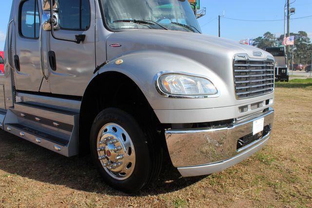 2015 Freightliner M2 106 SPORTCHASSIS RHA Luxury Ranch Diesel Hauler CONROE, TX 3