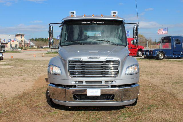 2015 Freightliner M2 106 SPORTCHASSIS RHA Luxury Ranch Diesel Hauler CONROE, TX 4