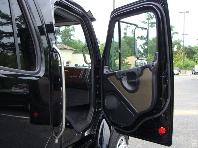 2015 Freightliner M2 106 SPORT SPORTCHASSIS CONROE, TX 22