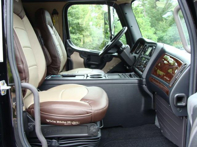2015 Freightliner M2 106 SPORT SPORTCHASSIS CONROE, TX 23
