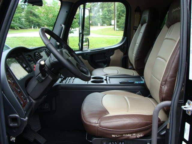 2015 Freightliner M2 106 SPORT SPORTCHASSIS CONROE, TX 37