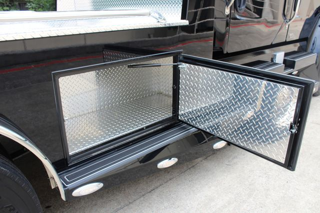 2015 Freightliner M2 106 Sport SportChassis RHA Luxury Hauler Truck NEW DEMO CONROE, TX 19