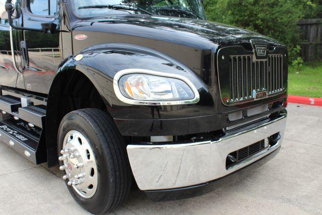 2016 Freightliner M2 106 Sport SportChassis RHA ONYX Luxury Hauler Truck NEW DEMO CONROE, TX 2