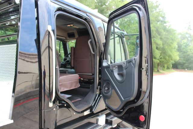 2016 Freightliner M2 106 Sport SportChassis RHA ONYX Luxury Hauler Truck NEW DEMO CONROE, TX 25
