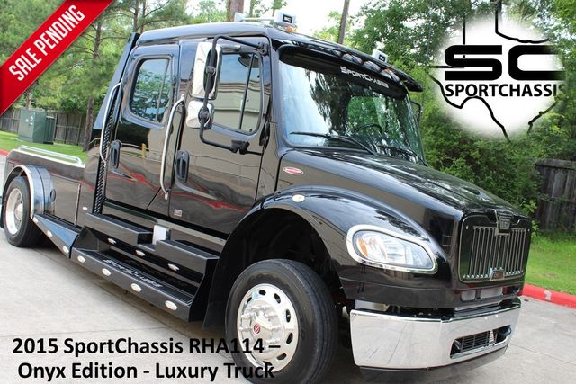 2015 Freightliner M2 106 Sport SportChassis RHA Luxury Hauler Truck NEW DEMO CONROE, TX