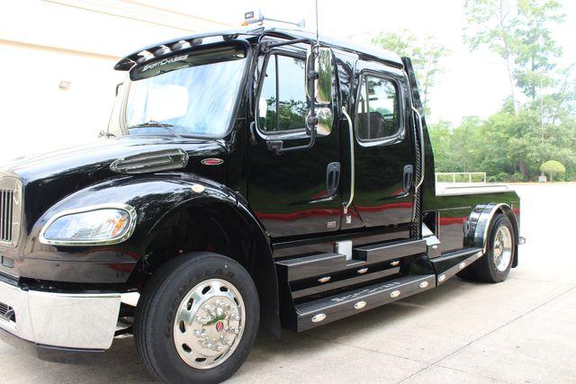 2016 Freightliner M2 106 Sport SportChassis RHA ONYX Luxury Hauler Truck NEW DEMO CONROE, TX 5