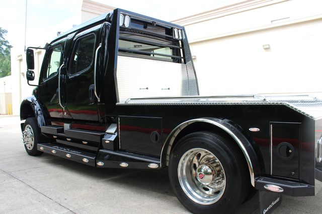 2016 Freightliner M2 106 Sport SportChassis RHA ONYX Luxury Hauler Truck NEW DEMO CONROE, TX 9