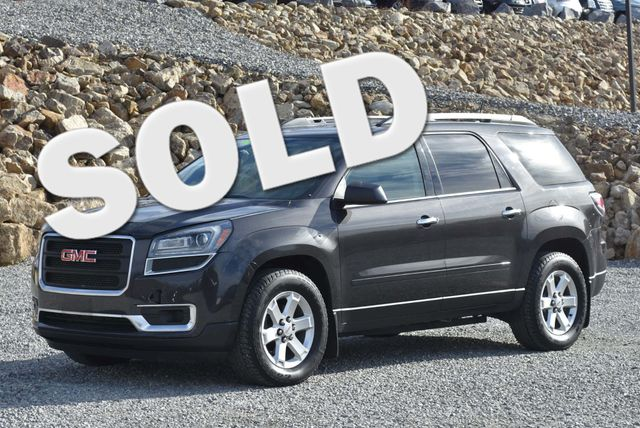 2015 GMC Acadia SLE Naugatuck, Connecticut