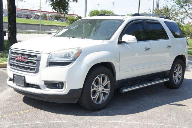 2015 GMC Acadia SLT in San Antonio, TX 78233
