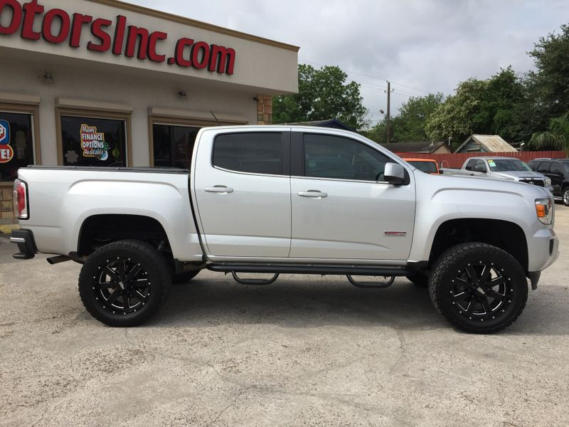 2015 GMC Canyon 4WD ALL TERRAIN  Brownsville TX  English Motors  in Brownsville, TX