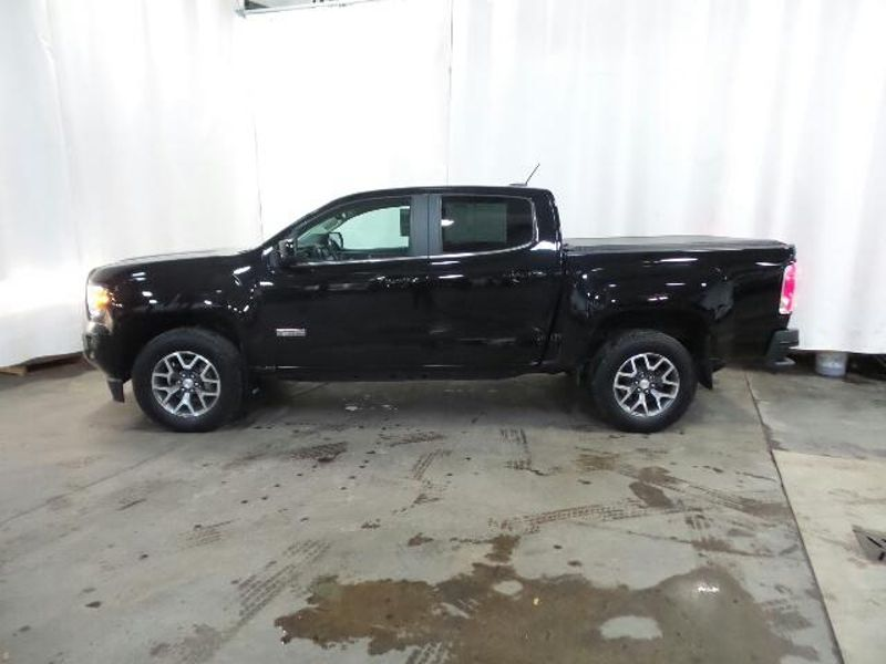 2015 GMC Canyon 4WD SLE  in Victoria, MN