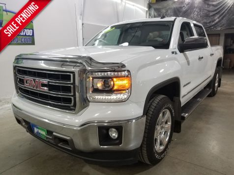 2015 GMC Sierra 1500 SLT Crew  4x4 in Dickinson, ND