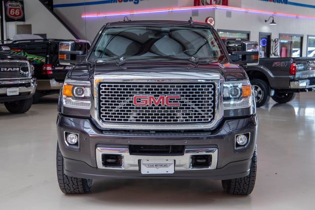 2015 GMC Sierra 2500HD Denali 4x4 in Addison, Texas 75001