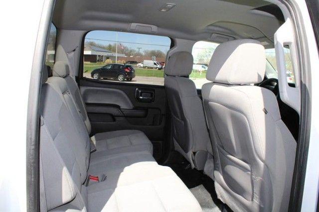 2015 GMC Sierra 2500HD available WiFi St. Louis, Missouri 6