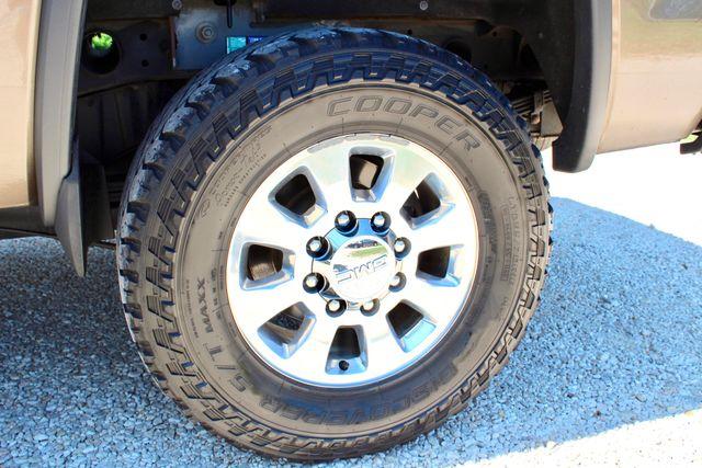 2015 GMC Sierra 2500HD SLT Crew Cab 4x4 6.6L Duramax Diesel Allison Auto Sealy, Texas 28