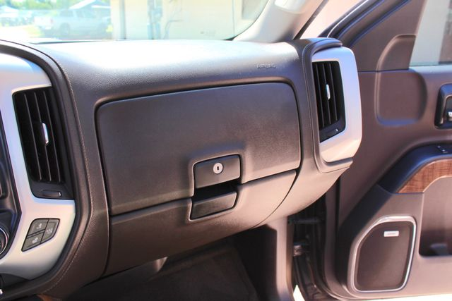 2015 GMC Sierra 2500HD SLT Crew Cab 4x4 6.6L Duramax Diesel Allison Auto Sealy, Texas 54