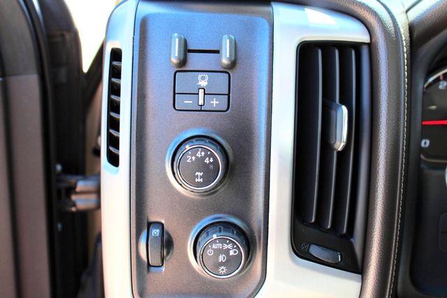 2015 GMC Sierra 2500HD SLT Crew Cab 4x4 6.6L Duramax Diesel Allison Auto Sealy, Texas 59