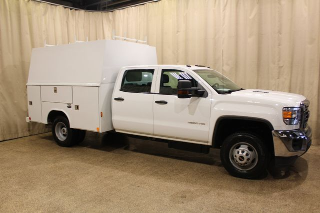 2015 GMC Sierra 3500HD Utility box