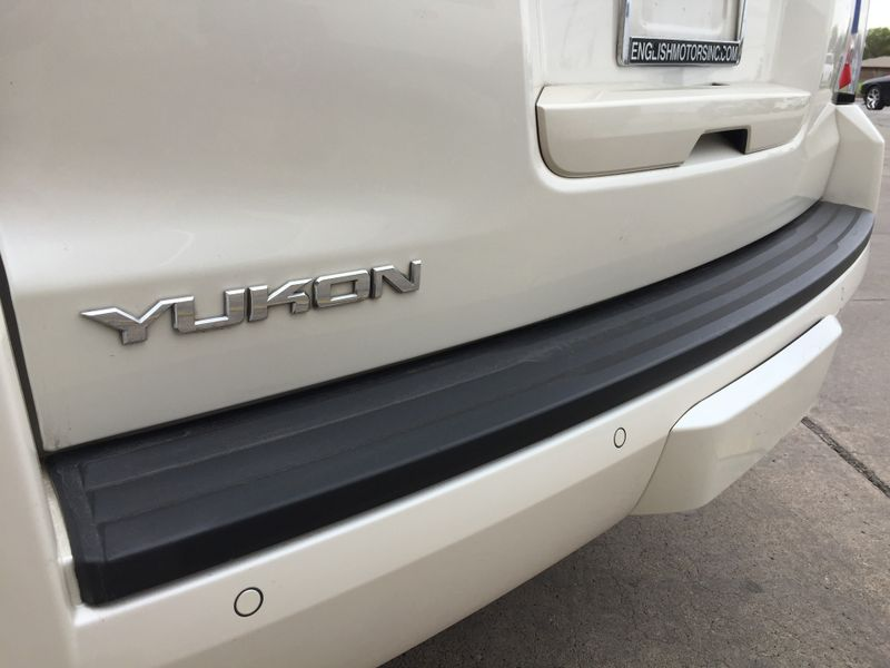 2015 GMC Yukon SLT  Brownsville TX  English Motors  in Brownsville, TX