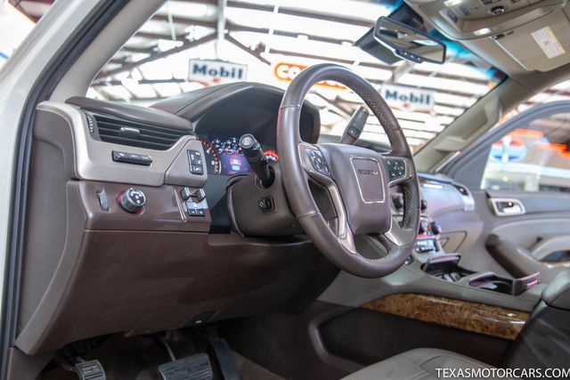 2015 GMC Yukon Denali in Addison, Texas 75001