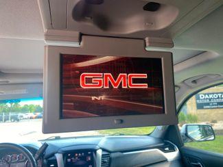 2015 GMC Yukon SLT Farmington, MN 12