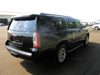 2015 GMC Yukon XL SLE Farmington, MN 1