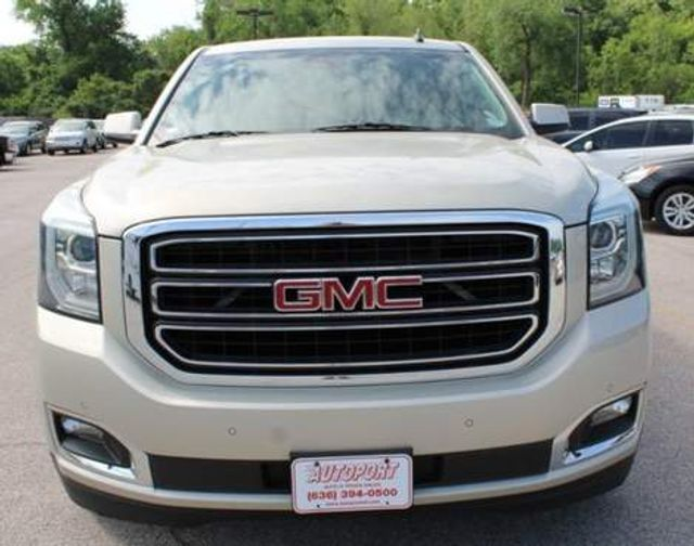 2015 GMC Yukon XL SLT St. Louis, Missouri 1