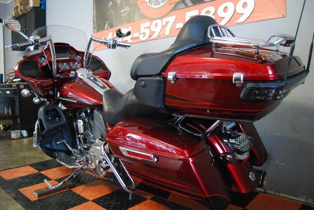 2015 Harley-Davidson CVO Road Glide Ultra FLTRUSE Jackson, Georgia 14