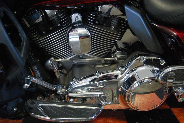 2015 Harley-Davidson CVO Road Glide Ultra FLTRUSE Jackson, Georgia 15