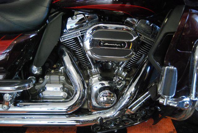 2015 Harley-Davidson CVO Road Glide Ultra FLTRUSE Jackson, Georgia 5