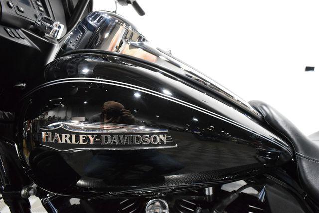 2015 Harley-Davidson FLHTCU - Electra Glide Ultra Classic in Carrollton TX, 75006